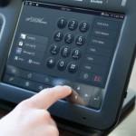 Android Smart Desktop Phone, Telefonzentrale und Videokonferenz vereint im Panasonic SIP KX-UT670 Multimediatelefon
