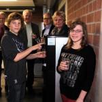 Frisch gezapftes Trinkwasser für Haller Schüler
