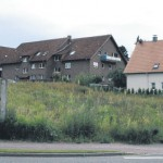 Bebauung Bergstraße: Nicht ein einziger betroffener Anwohner kommt am Dienstagabend zum öffentlichen Anhörungstermin ins Rathaus