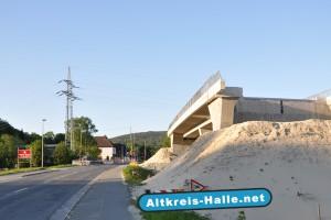 A33 Brückenschlag der Bahnhofstraße in Steinhagen, Foto: 1. Mai 2011, Altkreis-Halle.Net