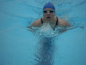 Auf dem Foto: Laura Schmidt über 100 m Brust