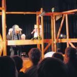 »Zwerg Nase« mit der Niekamp Theater Company in der Bertha-Grundschule