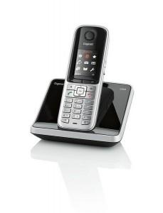 Gigaset S810 stahlgrau -           Gigaset S810, stahlgrau Lieferzeit: Ware lagernd**    79,99 EUR inkl. 19% MwSt. zzgl. Versand    In den Warenkorb Auf den Merkzettel          Bookmarken   Datenblatt drucken   Weiterempfehlen                                 Artikelbeschreibung      Besonders geegnet für Gigaset L410 Freisprech-Clip    Das klassische Telefon für bestes Kontaktmanagement   Freisprechfunktion  Bluetooth®  Adressbuch für 500 Einträge  Farb-Display  seitliche Taste zum einfachen Regeln der Lautstärke  hochwertige Tastatur  Anruflisten mit bis zu 60 Einträgen  Kurzwahl mit 9 Kurzwahl-Tasten  Kalender und Terminplaner mit Alarmfunktion  um bis zu 6 Mobilteile erweiterbar  strahlungsfrei mit ECO-Modus Plus    Das zuverlässige, hochwertige Telefon für professionelles Telefonieren zu Hause – mit optimaler Konferenzschaltung, Freisprechfunktion über Bluetooth, strahlungsfrei mit ECO-Modus Plus, Adressbuch für 500 Einträge, Kalender und Terminplaner mit Alarmfunktion, Kalender und Terminplaner mit Alarmfunktion und um bis zu 6 Mobilteile erweiterbar.  Autorisierter Gigaset Fachhändler: VoipDistri.com - Ihr Value-Added IP-TK Distributor!