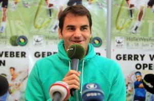 """Tennis-Weltstar Roger Federer fühlt sich mit seiner Familie immer sehr wohl in HalleWestfalen und ist voller Motivation für die nächsten Tage, aber auch die nächsten Monate: """"Ein Sieg an diesem Ort, der mir viel bedeutet, wäre wunderschön."""" © GERRY WEBER OPEN (HalleWestfalen)"""