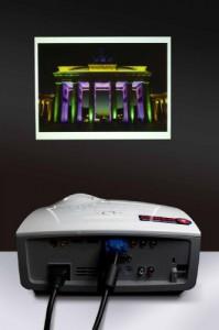 Mit der Phaser-Technologie hat Osram neuartige Lichtquellen für die Projektion entwickelt, die weder Entladungslampen noch LED enthalten, und für brillante Bilder sorgen. Der erste Projektor wird Ende des Jahres erhältlich sein. Quelle: Osram