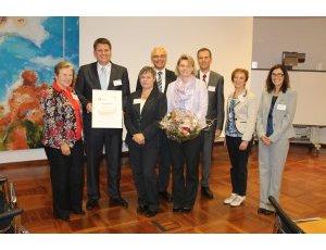 Zertifikatübergabe in Bochum. Foto: Stadt Versmold